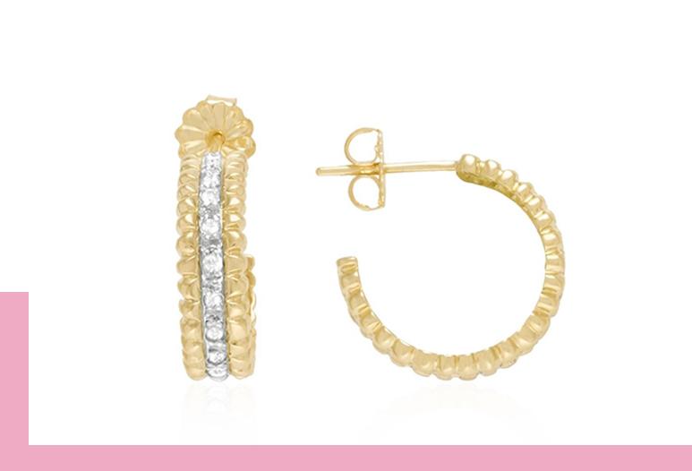 Par de Brincos Meia Argola de Ouro com Diamantes