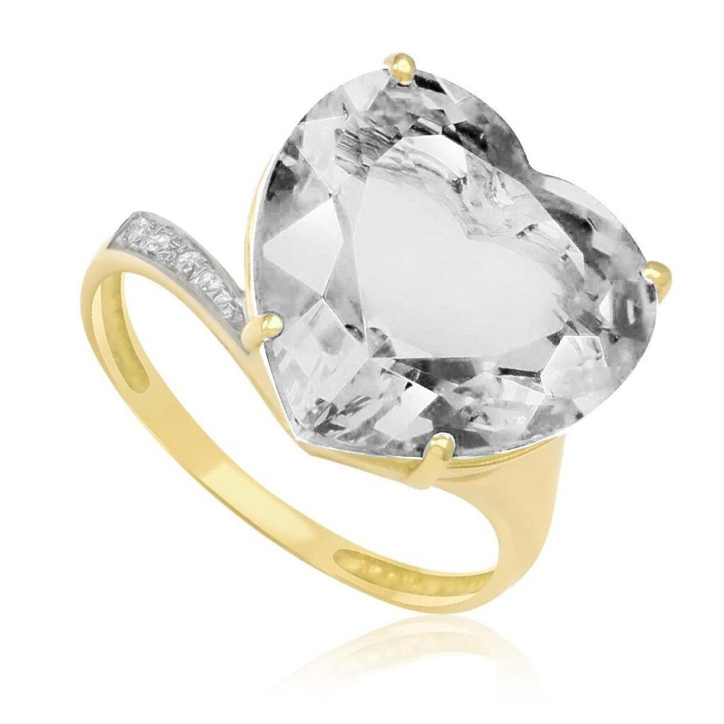 Anel de Ouro com 3 Diamantes e Cristal Coração