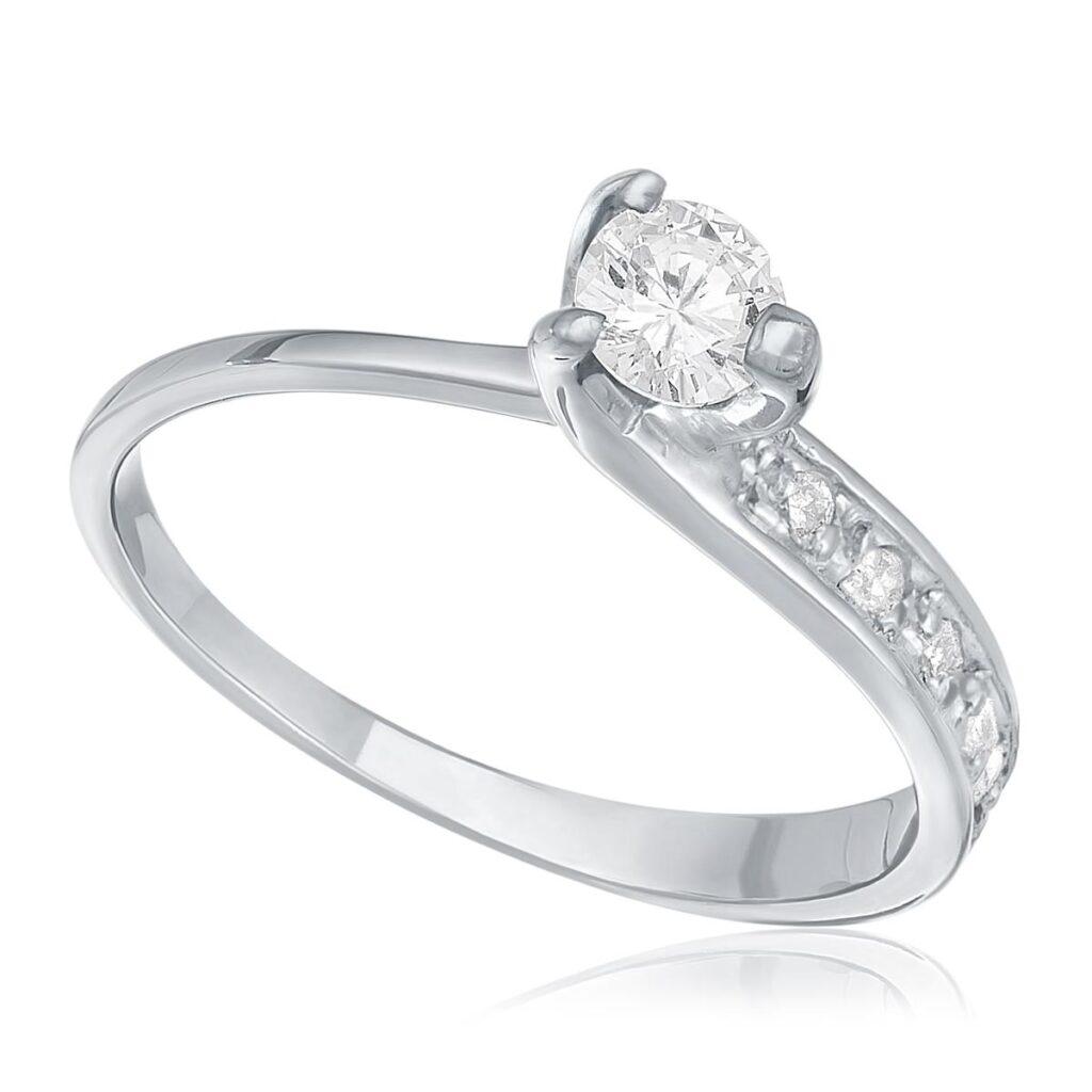 Anel de Ouro Branco com 24 Pts em Diamantes